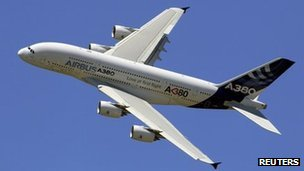 A380-wings-to-be-checked-for-cracks